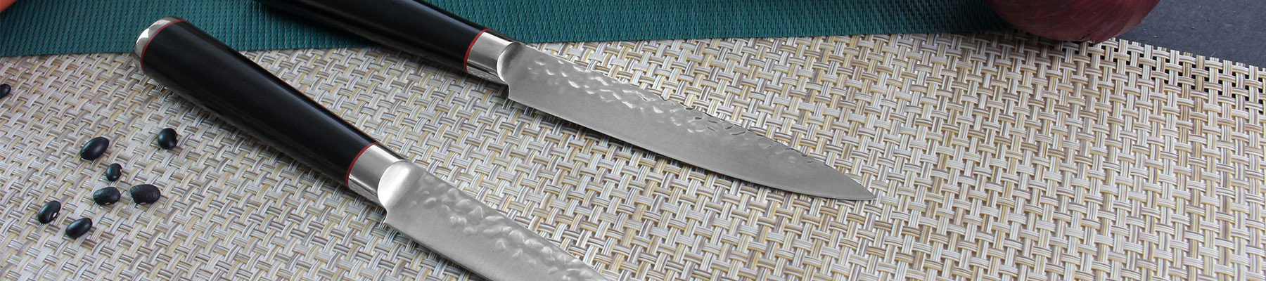 Wusaki Ebony AUS8 Set with roll bag and 5 kitchen knives